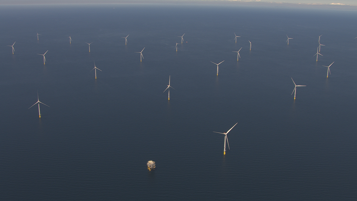 図 運転を開始した「Walney Extension Offshore Wind Farm」